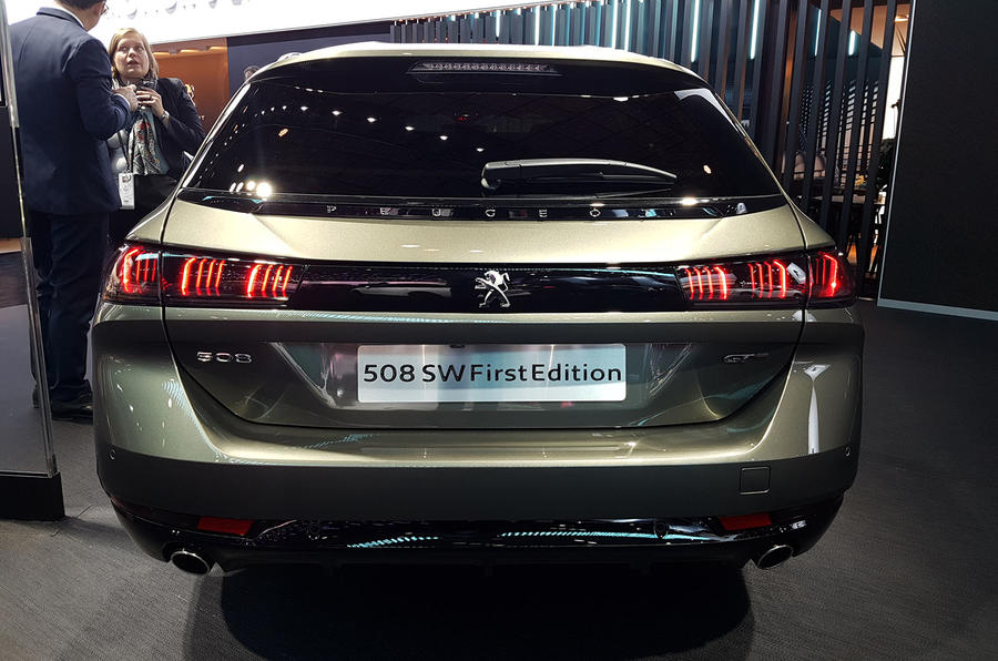 Peugeot 508 SW First Edition Paris reveal rear end