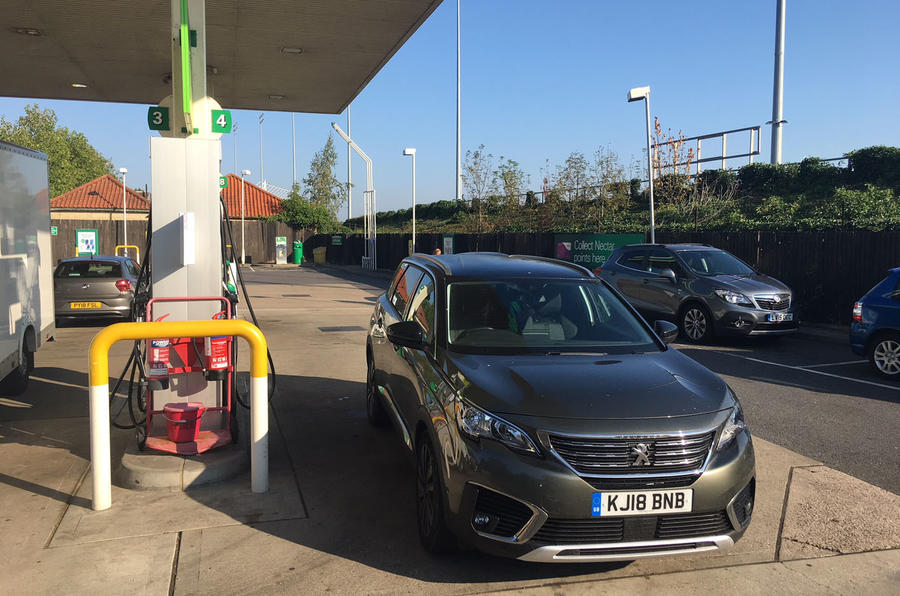 Peugeot 5008 2018 long-term review filling station