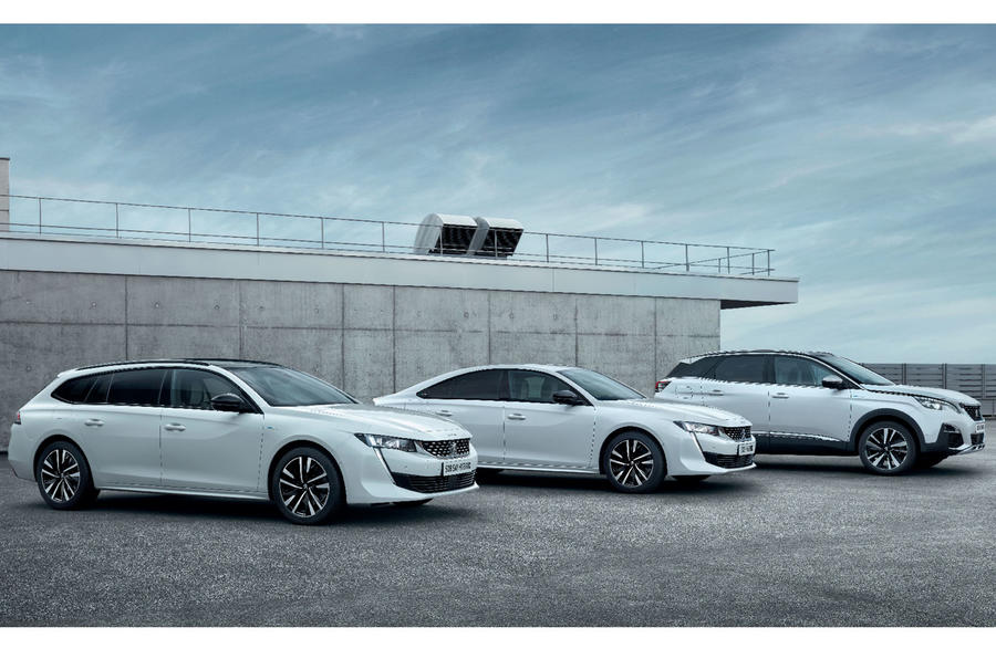 Peugeot 3008 GT Hybrid4 with Peugeot 508 SW and Fastback