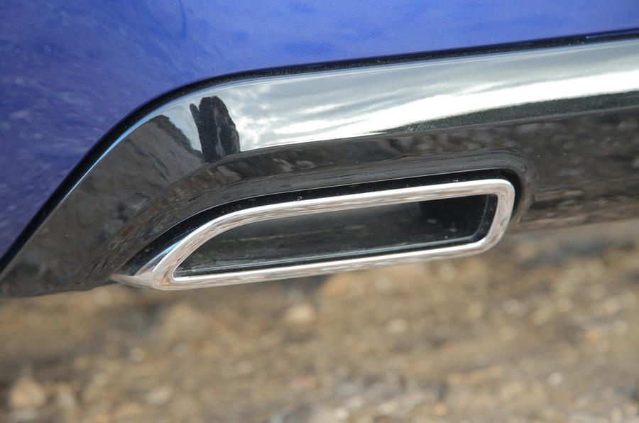 Peugeot 308 GT twin exhaust