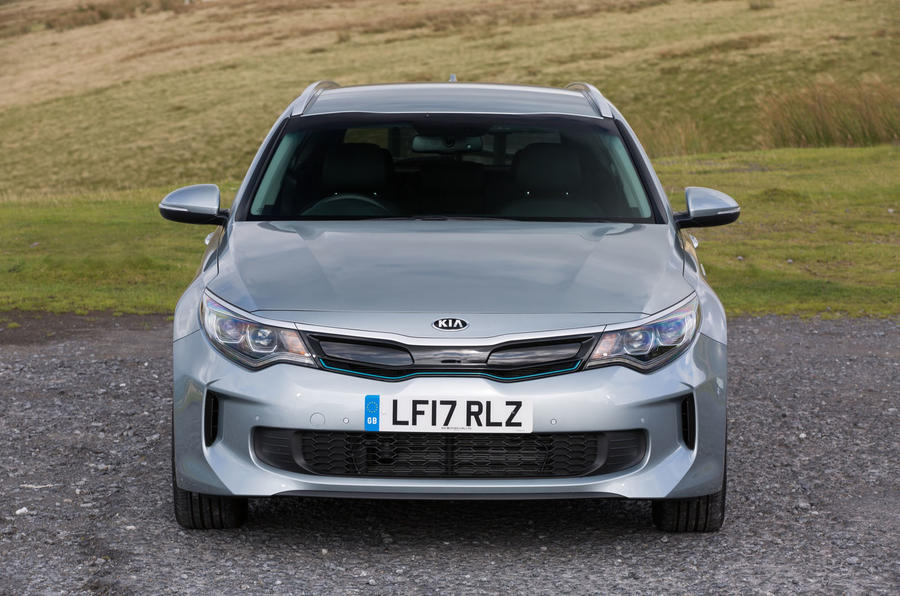 Kia Optima PHEV front end