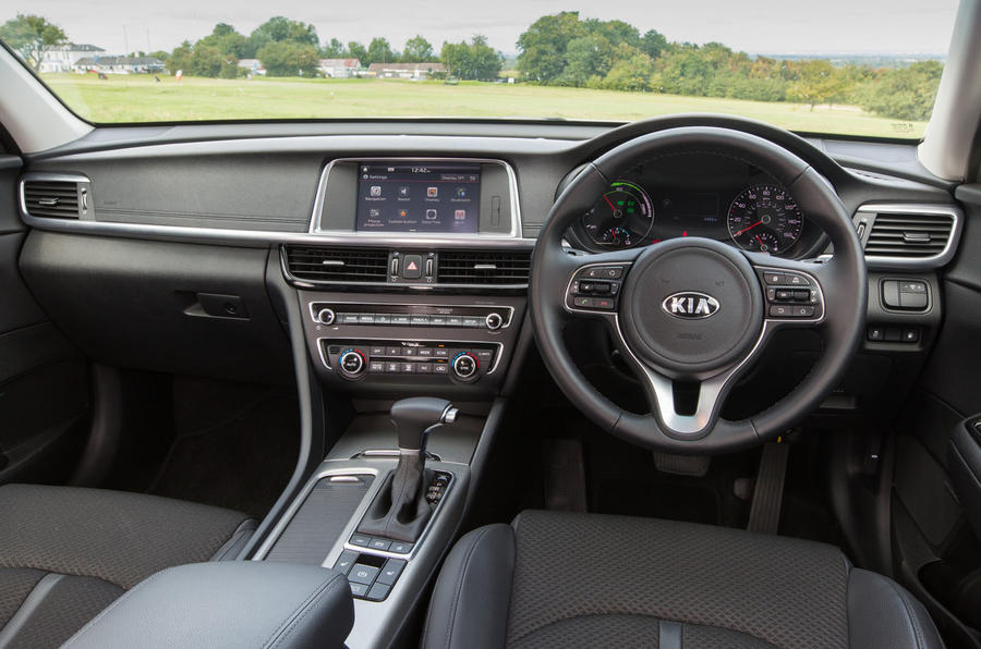 Kia Optima PHEV dashboard