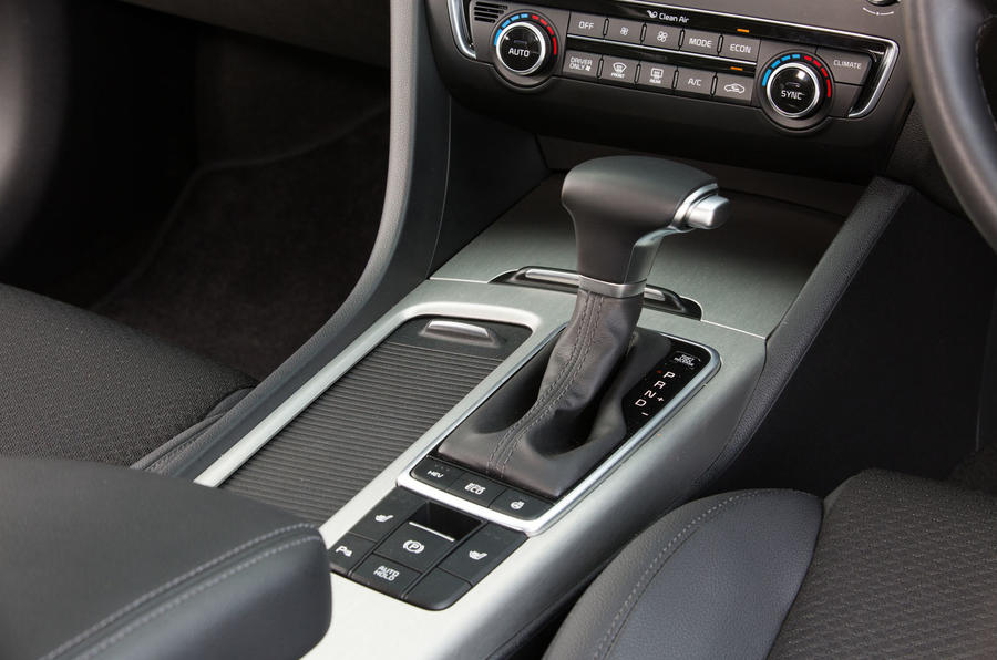 Kia Optima PHEV automatic gearbox