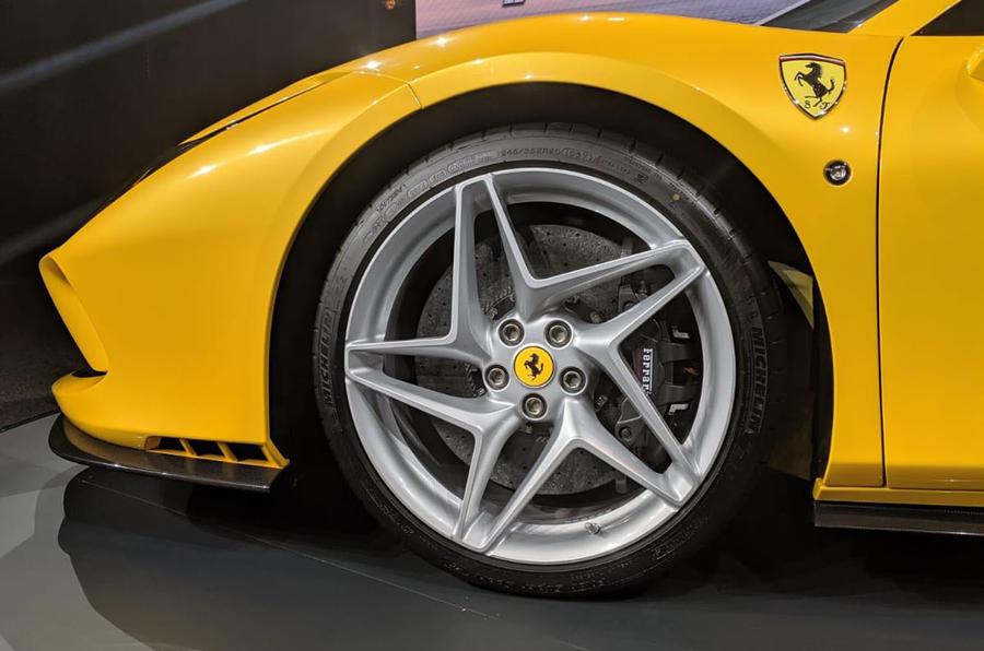 2020 Ferrari F8 Spider reveal - wheel