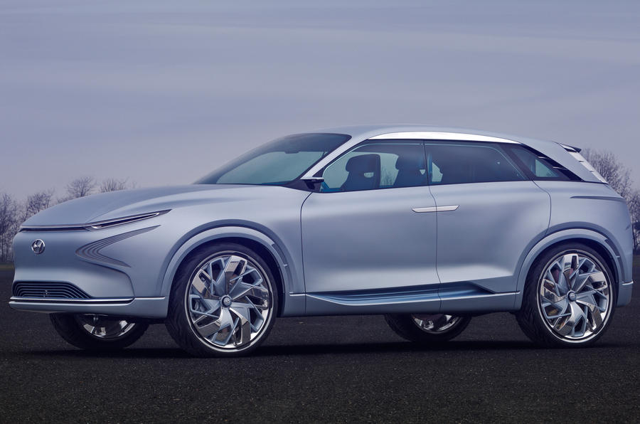 Futuristic Hyundai FE Fuel Cell Concept previews 2018 ...