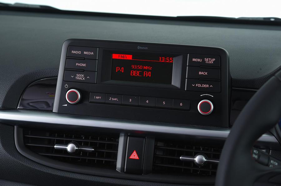 Kia Picanto infotainment system