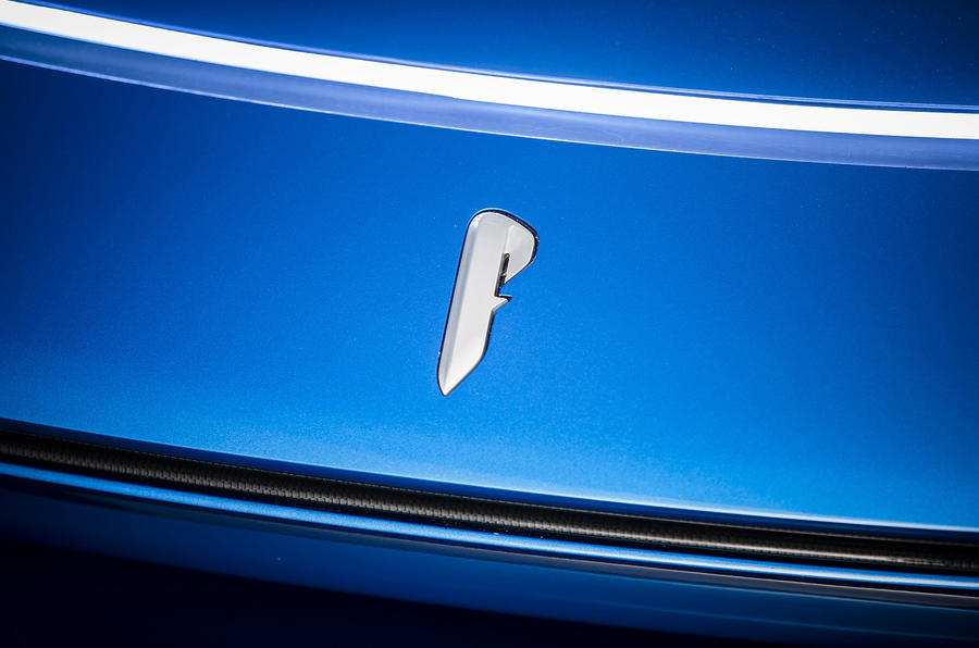 Pininfarina PF0 bonnet badge