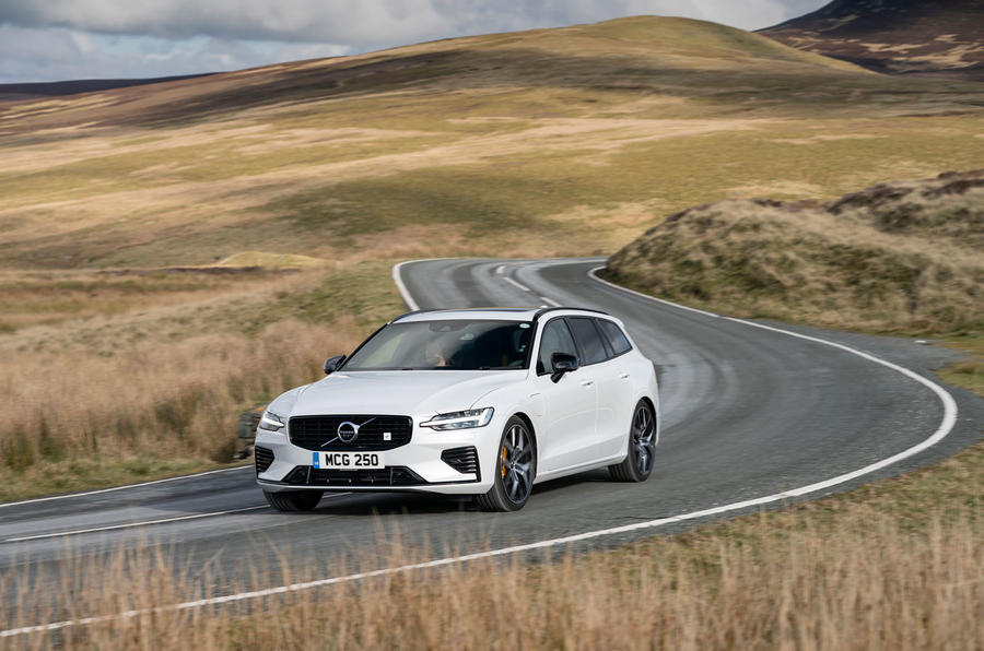 Volvo V60 T8 Polestar Engineered 2019 UK first drive review - on the road front