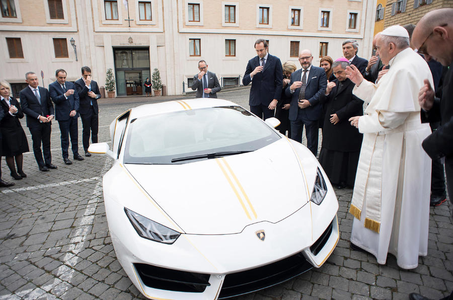 Lamborghini creates special Huracan for the pope | Autocar