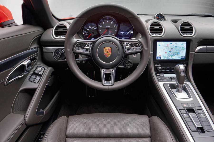 Porsche 718 Cayman/Boxster (2016) 18