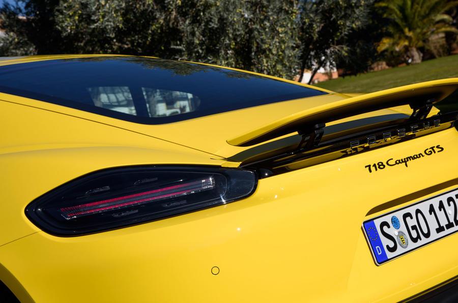 Porsche 718 Cayman GTS rear lights