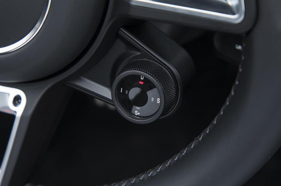 Porsche Boxster dynamic controls