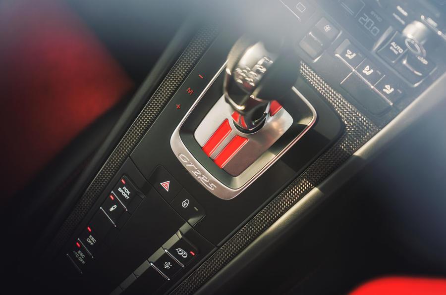 Porsche 911 GT2 RS PDK gearbox