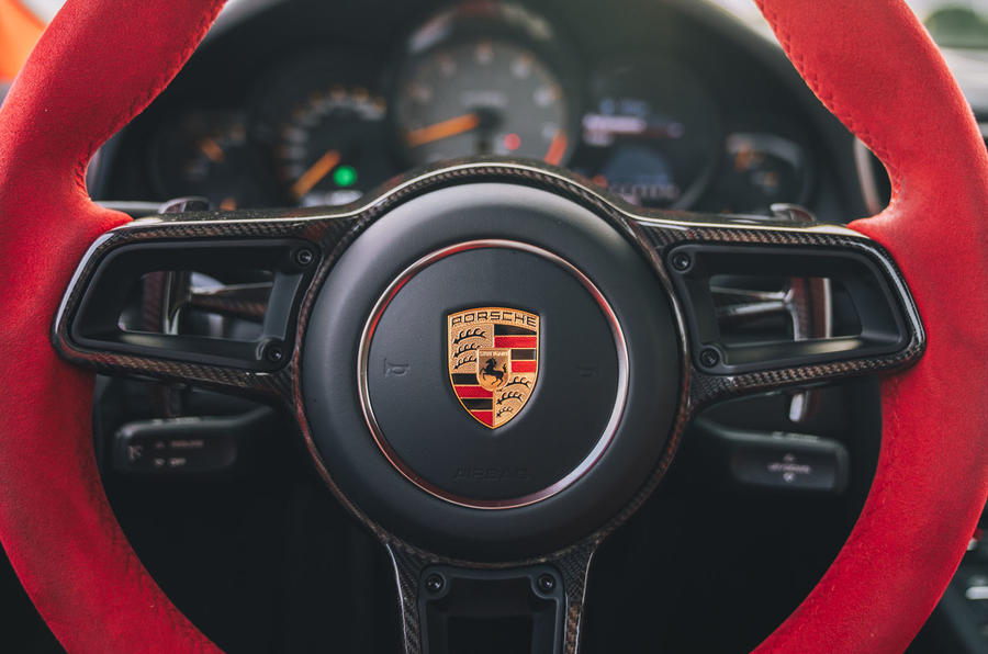 Porsche 911 GT2 RS steering wheel