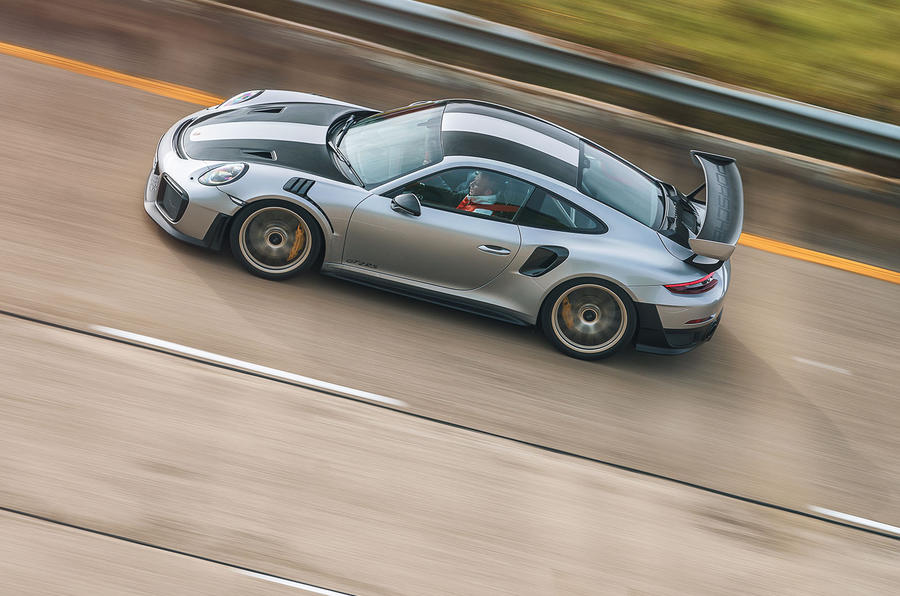 Porsche 911 GT2 RS top profile