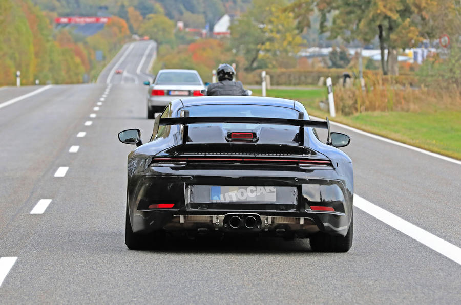 2020 Porsche 911 GT3 spies production body exhaust