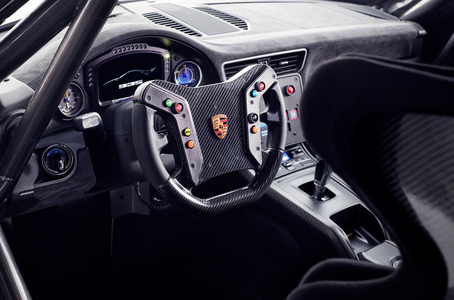 Porsche 935 race car 2018 reveal cabin