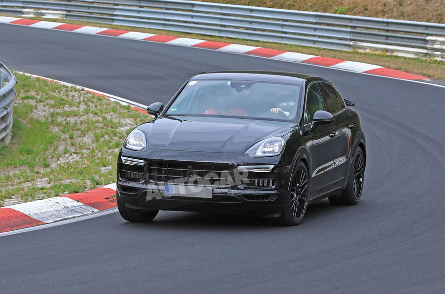 Porsche Cayenne Coupe 2019 spies Nurburgring active rear spoiler 7