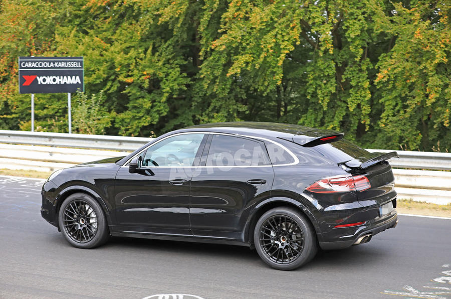 Porsche Cayenne Coupe official sketch revealed ahead of