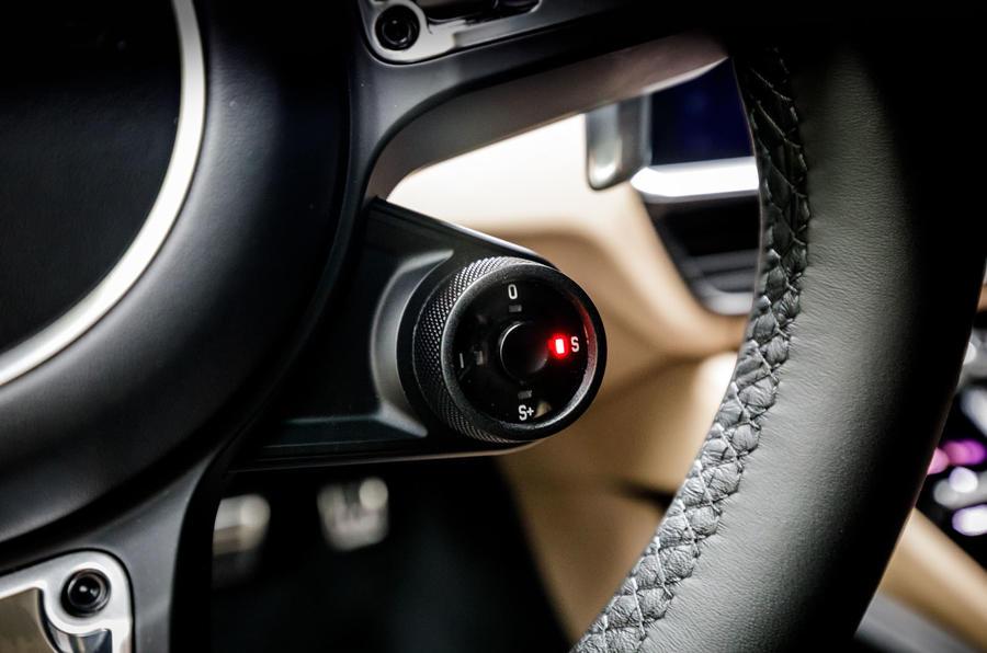 Porsche Cayenne Turbo driving modes