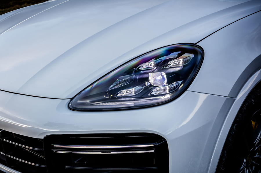Porsche Cayenne Turbo LED headlights