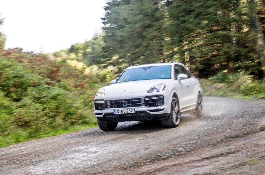 Porsche Cayenne Turbo off-road cornering