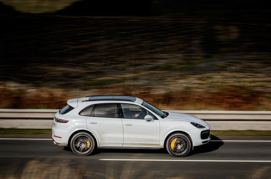 Porsche Cayenne Turbo side profile