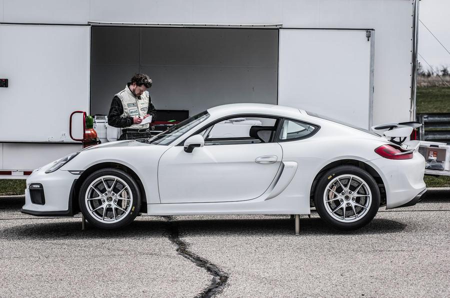 Porsche Cayman Gt4 Clubsport Behind The Wheel On Track