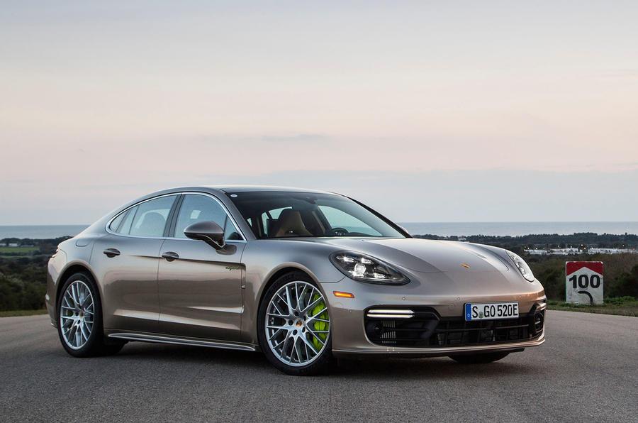 2017 Porsche Panamera Turbo S E-Hybrid front