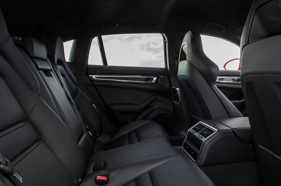 Porsche Panamera Turbo S E-Hybrid Sport Turismo rear seats