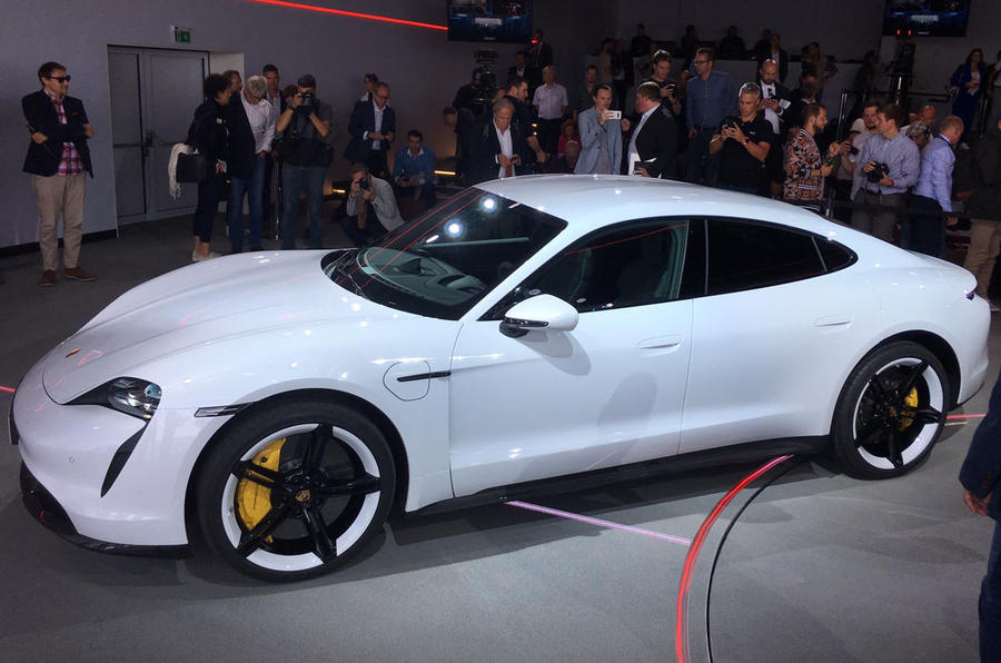Porsche Taycan 2020 official reveal - side