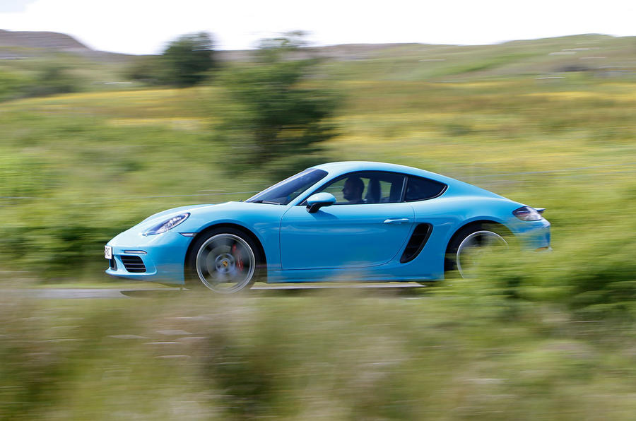 Porsche 718 Cayman S side profile
