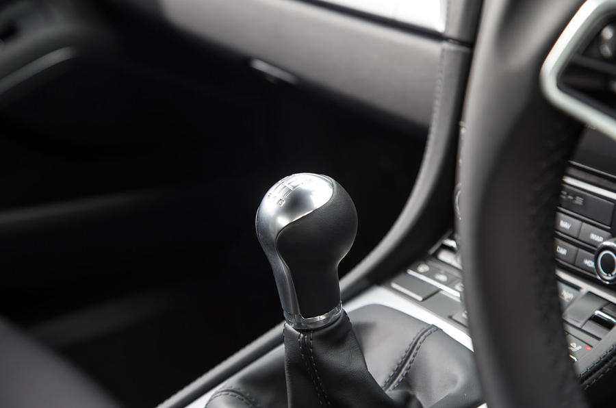 Porsche 718 Cayman S manual gearbox