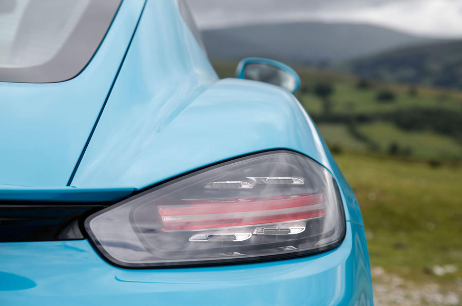 Porsche 718 Cayman S rear lights