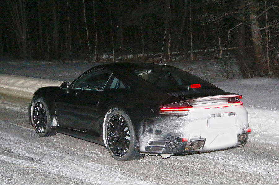 2019 Porsche 911 tail-lights