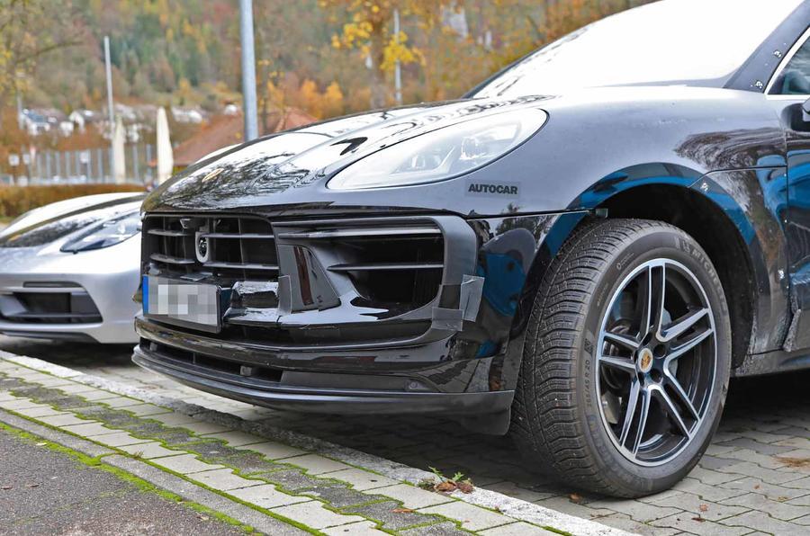 Porsche Macan facelift front close