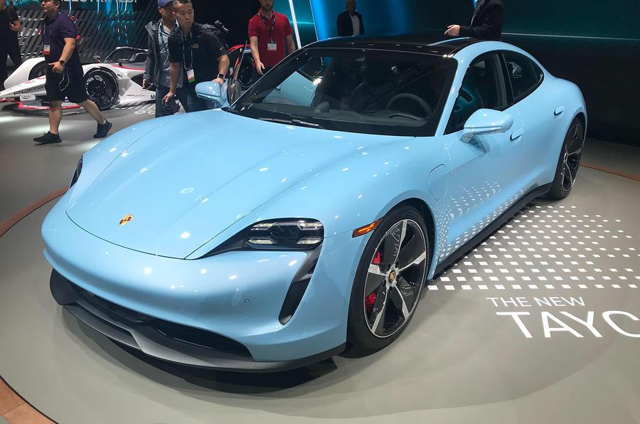 Porsche Taycan 4S at LA motor show 2019 - front