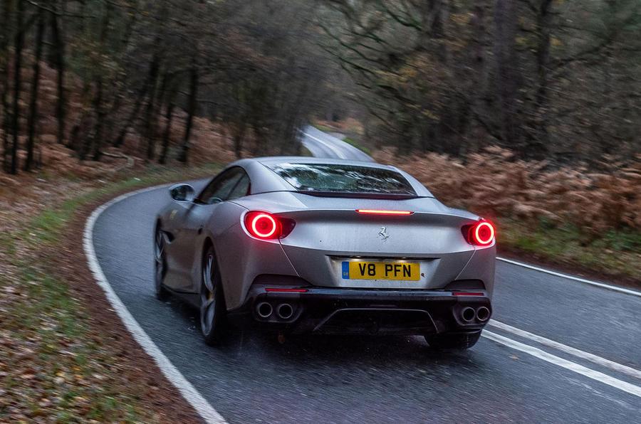 Ferrari Portofino 2018 cornering