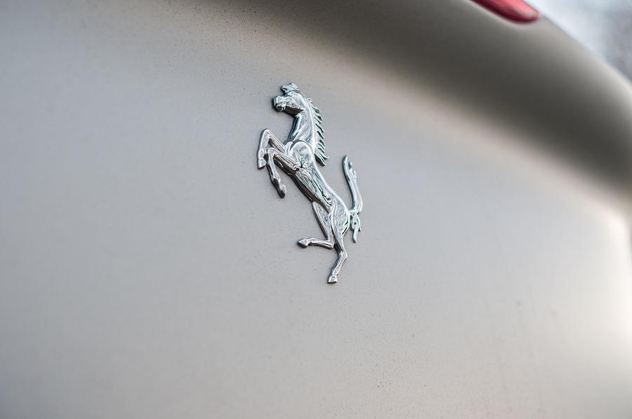Ferrari Portofino 2018 badge