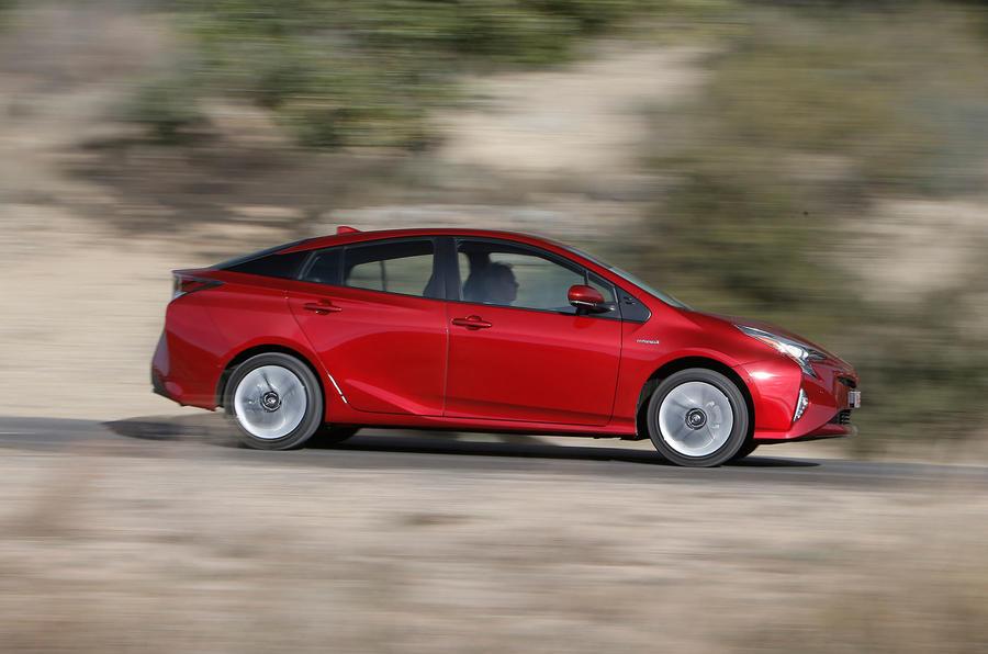 £27,450 Toyota Prius Excel