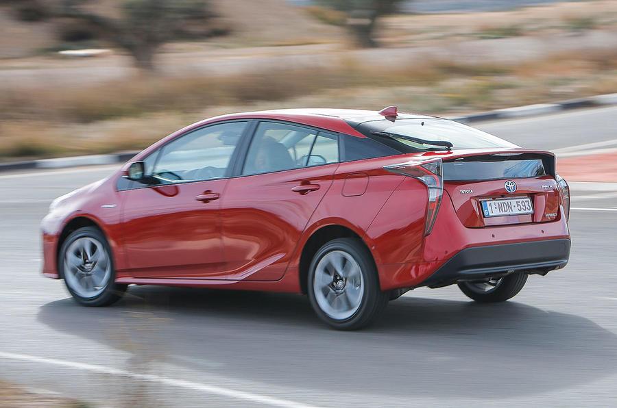 Toyota Prius Excel rear cornering