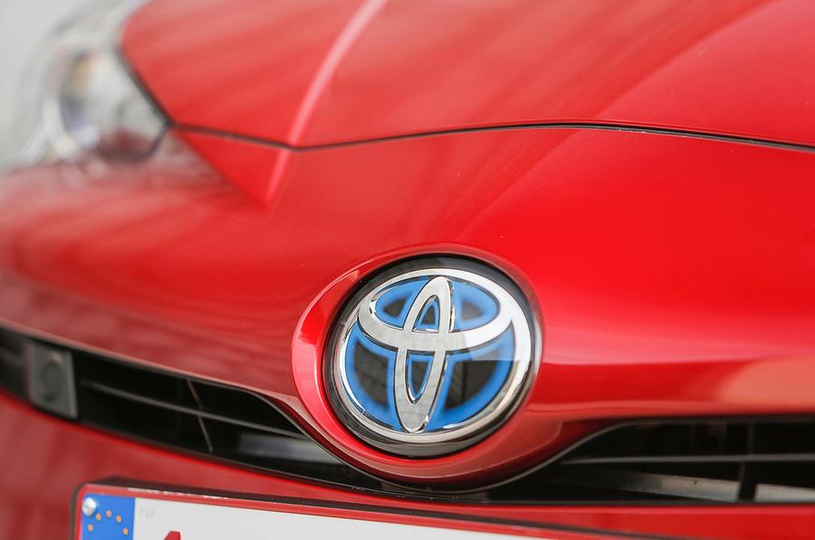 Toyota badging