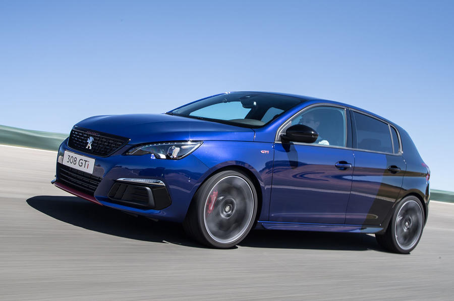 Peugeot 308 GTi on the track