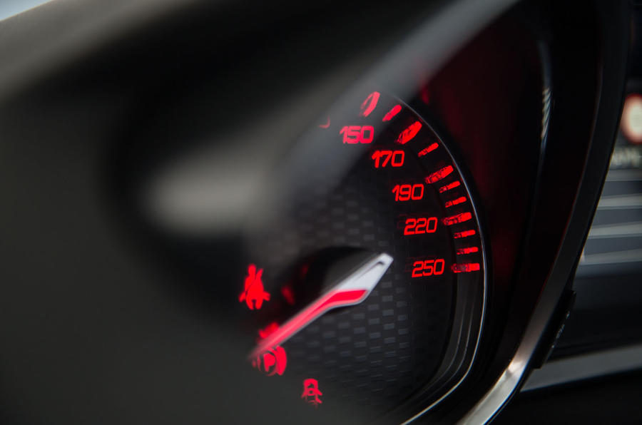 Peugeot 308 GTi red speedo