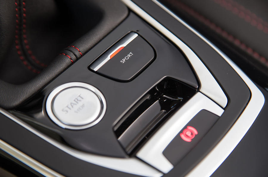 Peugeot 308 GTi ignition button