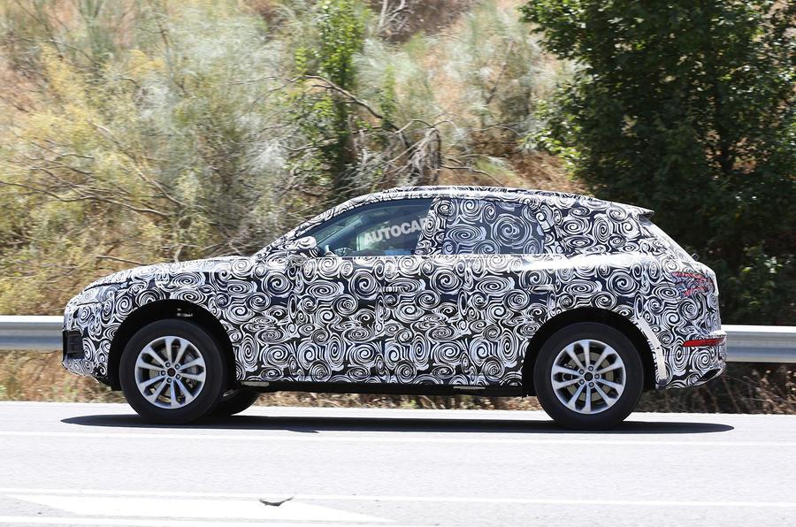 Audi Q5 spy shots testing