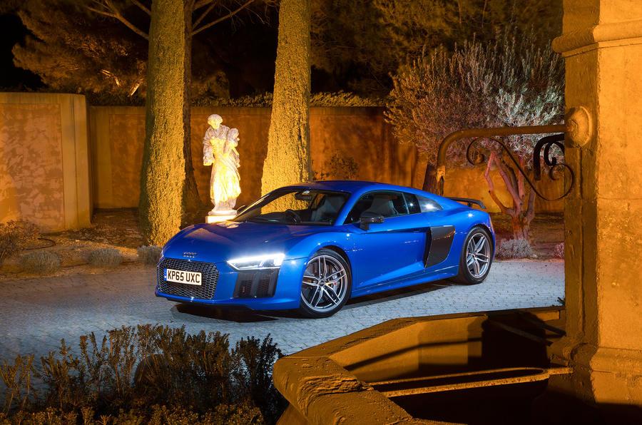 4.5 star Audi R8 V10 Plus