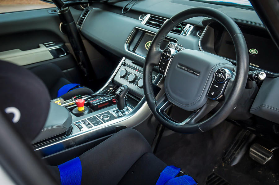 2015 Range Rover Sport SVR – new pictures and passenger ride