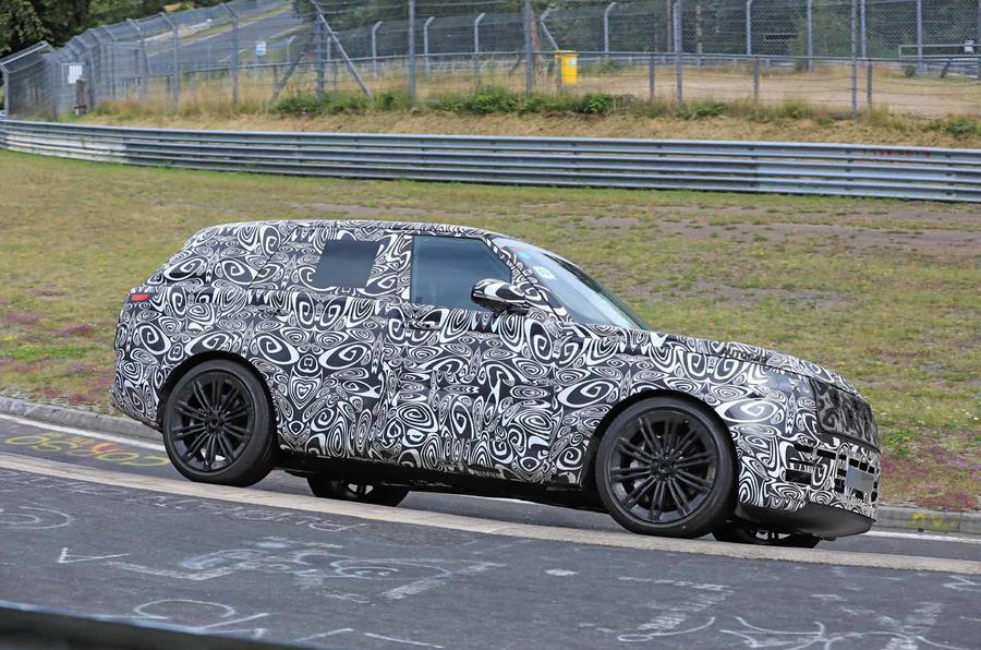 Range Rover prototype Nurburgring side front carousel