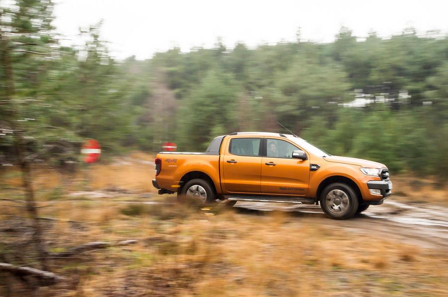 Ford Ranger Wildtrak cornering